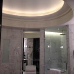 Lighting, lighting everywhere, another Peninsula bath snippet